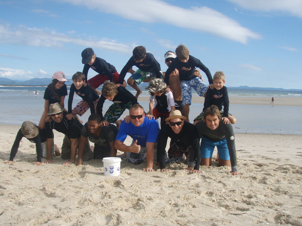 Uncle-Project-Byron-Bay-Beach-Surf-Group-Uncle-Project-Byron-Bay-GroupP2090405