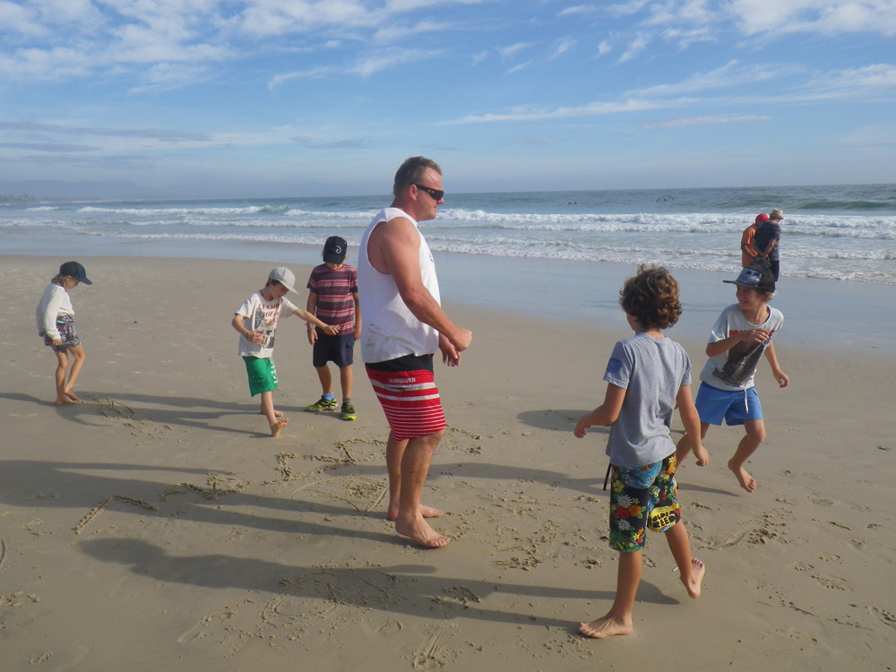 Uncle-Project-Byron-Bay-Group-2011-02-18-21.50.22