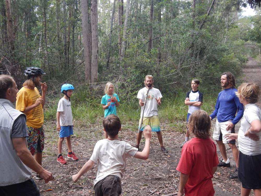 Uncle-Project-Byron-Bay-Group-Uncle-circle-5
